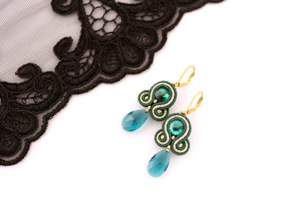wieczorowa biżuteria dla pań, butelkowa zieleń kolczyki, kolczyki z kryształową zawieszką