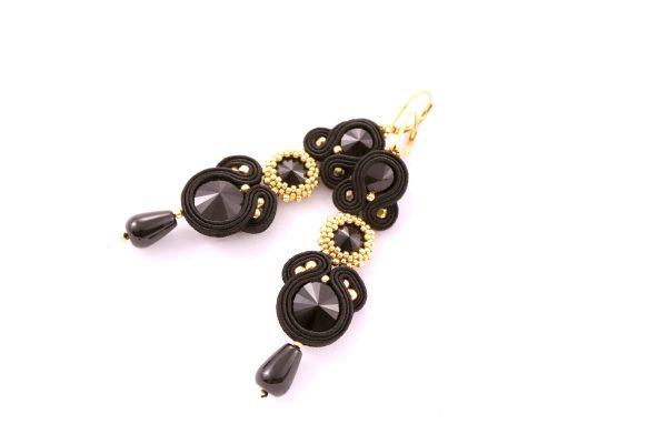chic długie wiszące kolczyki z kroplą z kryształkami czarnymi, ze złotymi dodatkami