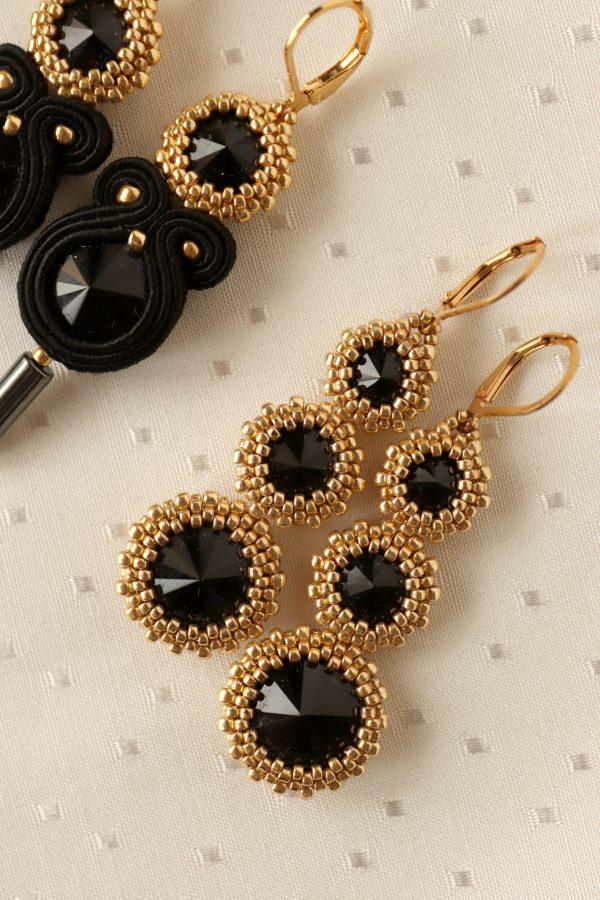 kolczyki wyplatane z czarnymi kryształkami