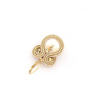 Kolczyki ze szczyptą złota, lekkie, eleganckie, delikatne, kolczyki sutasz