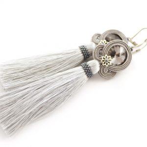 kolczyki w kolorze srebrnym, z kwiatem, długie bogate kolczyki