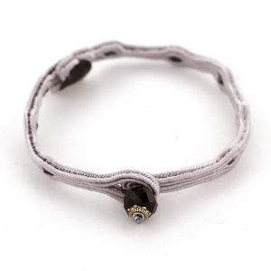 szara bransoletka zapinana na kryształek, bransoletka haftowana sutaszem,