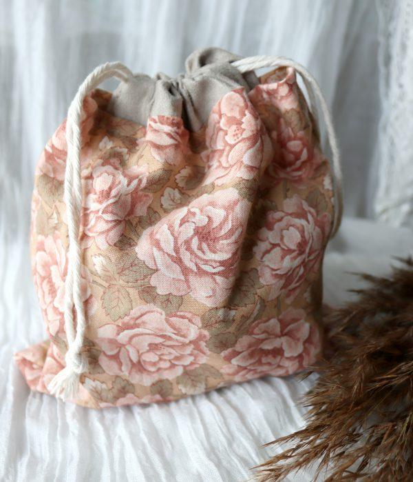 romantyczny woreczek, zestaw frotek w woreczku, prezent w stylu boho
