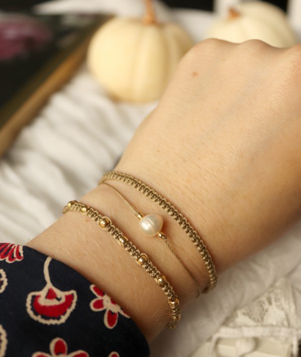 modne złote bransoletki z perłą, komplet na nadgarstek, bransoletki przyjaźni