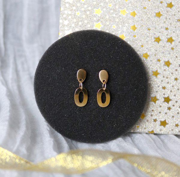 złote kolczyki elipsa, kolczyki z zawieszką, biżuteria dla kobiet, kolczyki z kroplą