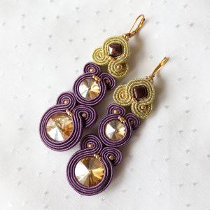 fioletowe kolczyki sutasz ze złotymi kryształkami (3)