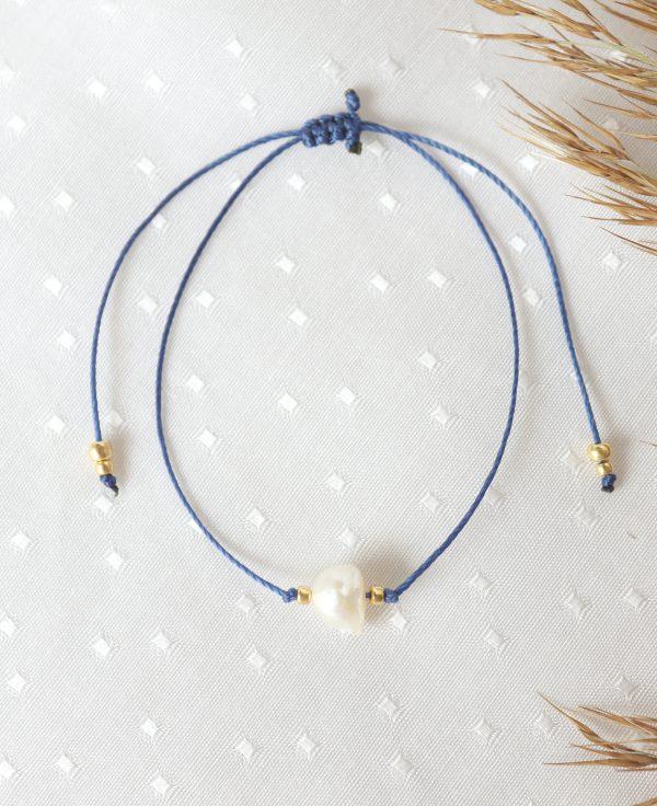 indygo sznureczek i perła ze złotymi kuleczkami